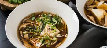 طرز تهیه سوپ میسو با قارچ (سوپ ژاپنی)