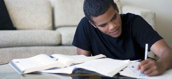 چگونه می توانیم در خانه درس بخوانیم ؟