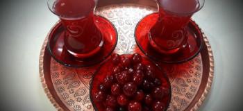 طرز تهیه چای آلبالو به ۳ روش آسان
