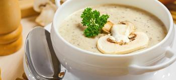 طرز تهیه ۲ مدل سوپ شیر مجلسی غذای دلچسب زمستانی