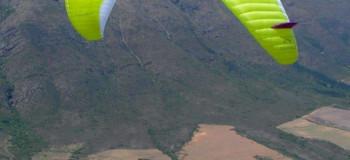 حس پرواز با ورزش هوایی پاراگلایدر