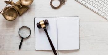 انتخاب و انجام مشاوره حقوقی با بهترین وکلا به کمک اپلیکیشن داداپ