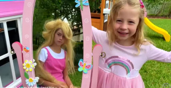 ماجراهای ناستیا استیسی این داستان رنگ کردن مو ها