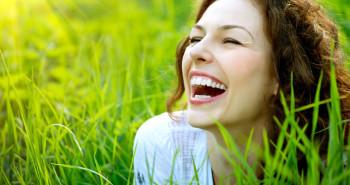 بخند تا سالم بمانی