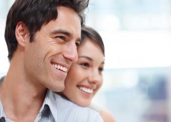 فواید آغوش گرفتن همسر + آموزش نحوه ی در آغوش گرفتن همسر