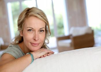 علت دانه های سفید روی واژن به همراه درمان سریع این عارضه