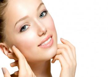 خواص گلاب ؛ 10 خاصیت شگفت انگیز گلاب برای سلامت پوست و مو