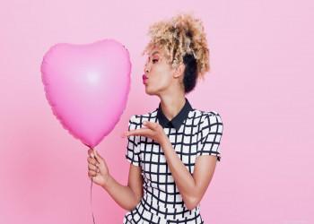 چگونه با خودمون مهربون باشیم و به خودمون عشق بورزیم؟