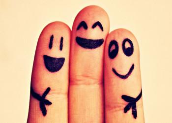 10 راه برای شاد بودن در زندگی ، چگونه خوشحال تر باشیم ؟