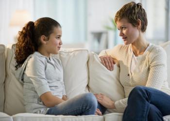 چگونه کودکان را با مسائل جنسی آشنا کنیم؟