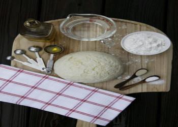 روش آماده کردن خمیر پیتزای خانگی