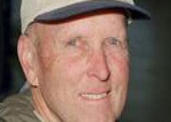 درگذشت چارلز گوردن فولرتون،خلبان سابق شاتلهای فضایی (2013م)