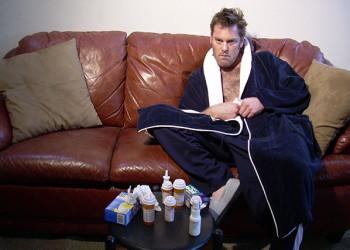 یک گزارش علمی:چرا مردان بیشتر از زنان سرما میخورند؟