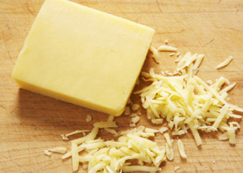 طرز تهیه پنیر پیتزای خانگی