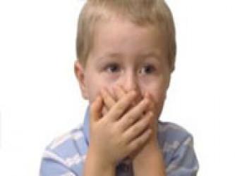 دلیل اینکه بعضی از کودکان فحش میدهند چیست؟