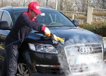 تمیز کردن ماشین/ چگونه ماشین مان را براق و تمیز کنیم؟