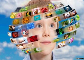آیا باید کودکان را از دنیای دیجیتال نجات داد؟
