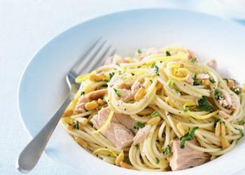 اسپاگتی با تن ماهی را حتما امتحان کنید!