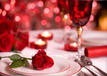چگونه فضای خانه را برای یک شام رمانتیک با همسر خود آماده کنیم؟