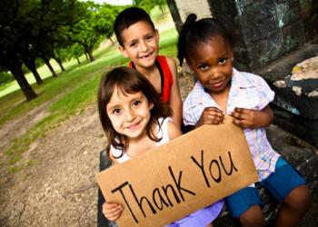 آیا در آموزش رفتار اجتماعی به کودک خود مشکل دارید؟