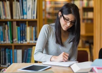 فواید استفاده از گوش گیر مطالعه (Ear muff) در هنگام درس خواندن