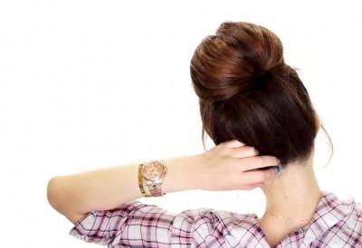 یک مدل موی ساده و زیبا