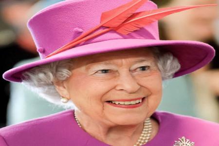 راز عمر طولانی ملکه ی خوش پوش انگلیس الیزابت دوم + بیوگرافی