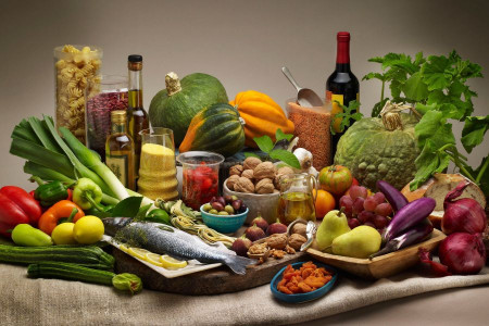 رژیم غذایی مدیترانه ای چیست؟ چند نمونه رژیم مدیترانه ای