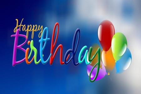50 متن گلچین شده و خاص برای تبریک تولد به تمام افراد خانواده