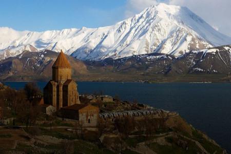 از هزینه های سفر به وان ترکیه و جاذبه های توریستی آن بدانید