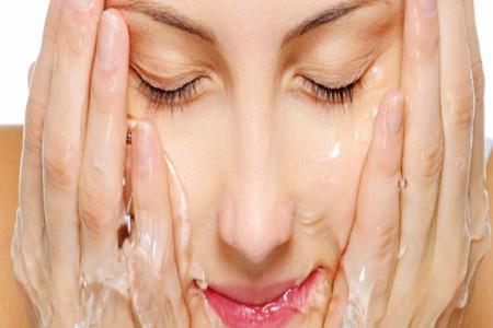 فواید مصرف ژل صورت مخصوص پوست های آکنهای سینره