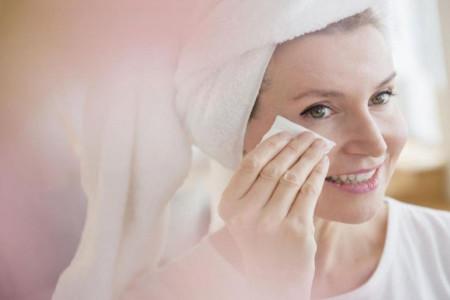 مزایای باورنکردنی پاک کننده پوست چرب سینره