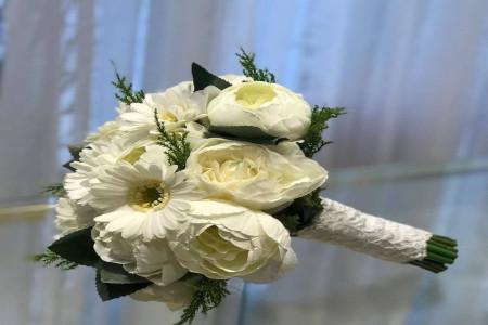 البومی از دسته گل عروس مصنوعی جدید ویژه سال 2019 (50 عکس)