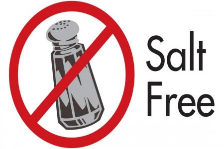با داشتن این علائم مصرف نمک شما زیاد است