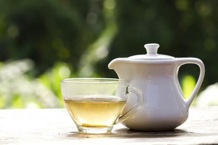 چای سفید چیست ؟ 27 خاصیت بی نظیر چای سفید کدامند ؟