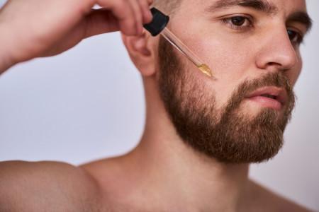علت کچلی ریش چیست ؟ درمان ریزش سکه ای ریش آقایان