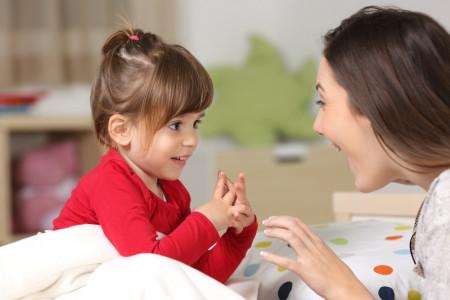 علت و درمان پرحرفی کودکان چیست ؟