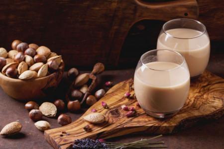 شیر فندق چیست ؟ چه خواصی دارد و چگونه تهیه میشود ؟