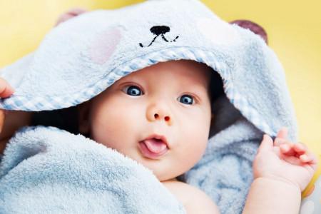 اسم پسرانه با الف : فهرست کامل اسامی پسرانه که با الف شروع میشود