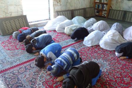 آموزش نماز به کودکان به صورت گام به گام