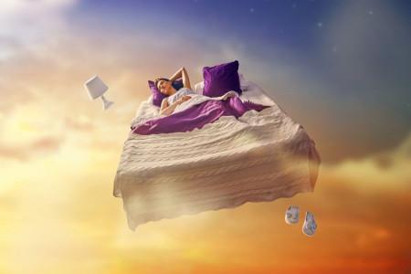 رویای شفاف چیست ؟ آیا دیدن رویای شفاف باعث خستگی میشود ؟