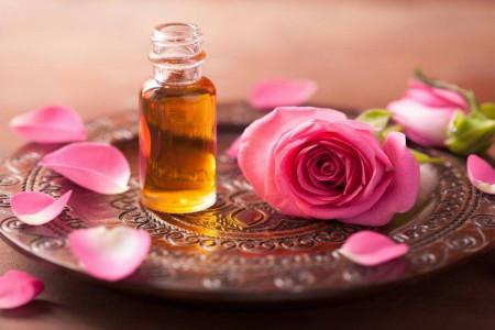 ماسک گل رز : فواید و طرز تهیه ماسک اعجاب انگیز گل رز