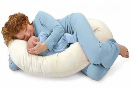 روش صحیح خوابیدن در بارداری دوقلویی چگونه است ؟