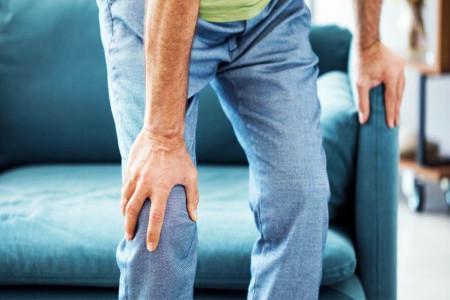 علت اصلی صدا دادن زانو بدون درد چیست ؟