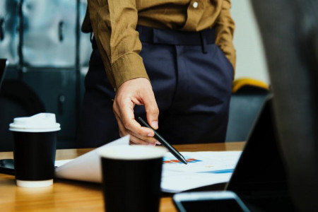 28 نمونه از نامهای منتخب برای شرکت ها و مراکز تجاری با حرف پ