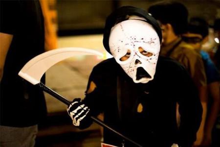 جشن هالوین در شهر پرند با دخالت پلیس خاتمه یافت