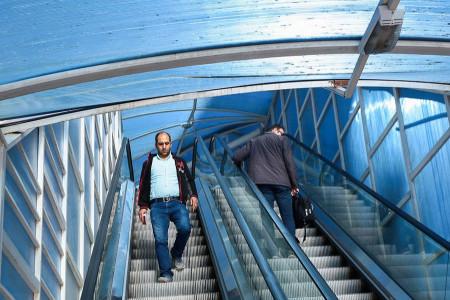 سقوط هولناک پل عابر پیاده در مشهد   فیلم