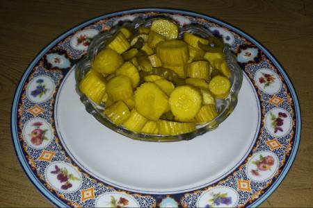 طرز تهیه ترشی خیار چنبر