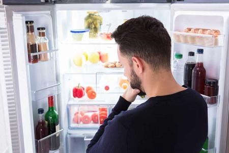 علت بوی بد یخچال و چگونگی رفع آن