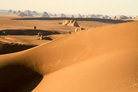 کویر مصر در کدام استان قرار دارد ؟